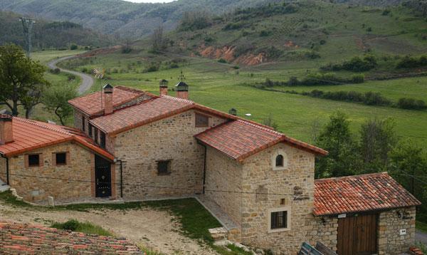 Hompanera y Marivi casas rurales